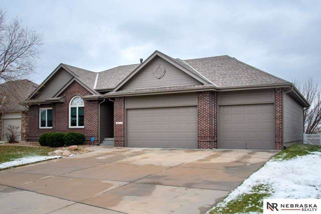 16115 Manderson Street, Omaha, NE 68116 (MLS #21926946) :: Capital City Realty Group