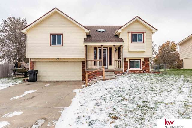 14605 Margo Street, Omaha, NE 68138 (MLS #21926949) :: Capital City Realty Group