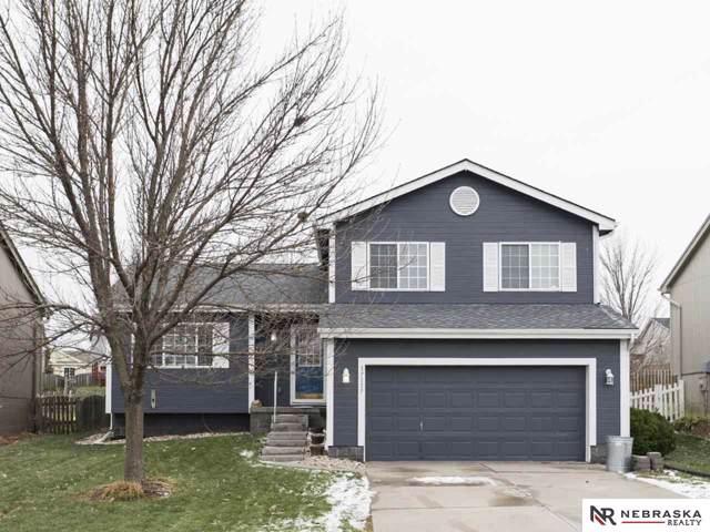 17117 Sahler, Omaha, NE 68116 (MLS #21927051) :: Capital City Realty Group