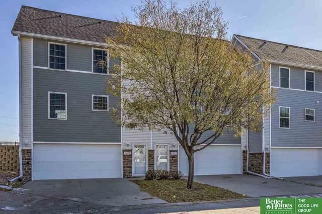 6819 S 181st Court, Omaha, NE 68135 (MLS #21927066) :: Omaha Real Estate Group