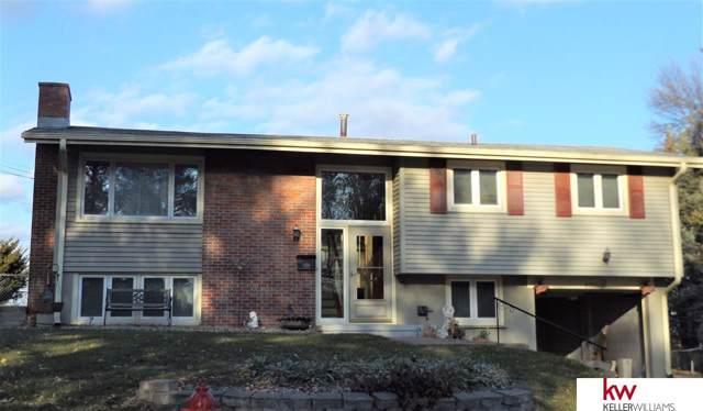 8710 M Circle, Omaha, NE 68127 (MLS #21927286) :: Complete Real Estate Group