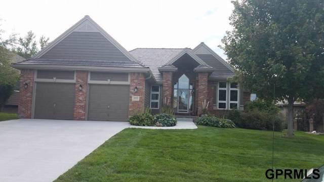 22111 Stanford Circle, Elkhorn, NE 68022 (MLS #21927292) :: Omaha's Elite Real Estate Group