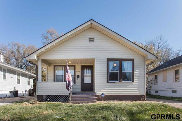 3333 N 55th Street, Omaha, NE 68104 (MLS #21927295) :: Lincoln Select Real Estate Group