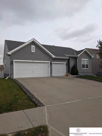 8817 N 158 Street, Bennington, NE 68007 (MLS #21927319) :: Omaha's Elite Real Estate Group