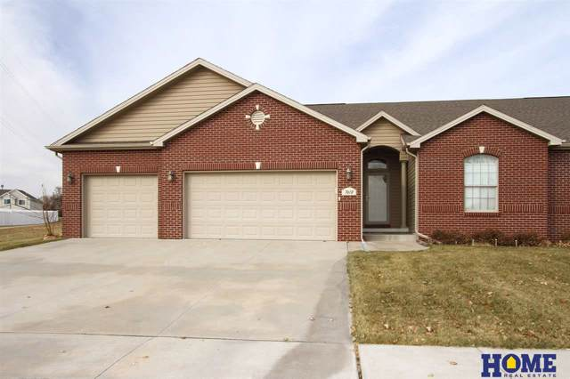 7619 Kentwell Lane, Lincoln, NE 68516 (MLS #21927483) :: Omaha's Elite Real Estate Group