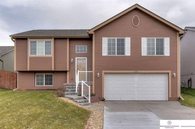6121 S 190th Terrace, Omaha, NE 68135 (MLS #21927543) :: Omaha Real Estate Group