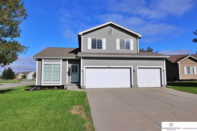 16214 Larimore Court, Omaha, NE 68134 (MLS #21927574) :: Nebraska Home Sales