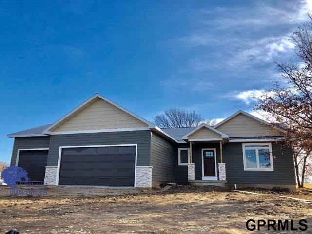 828 N Maine Avenue, York, NE 68467 (MLS #21927696) :: Cindy Andrew Group