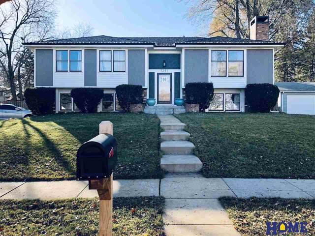 7241 Whitestone Drive, Lincoln, NE 68506 (MLS #21927739) :: Omaha Real Estate Group