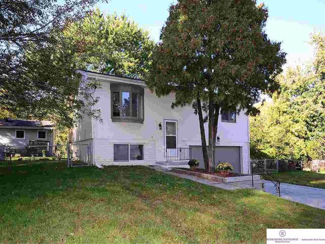 733 Willow Circle, Bellevue, NE 68005 (MLS #21927962) :: Omaha Real Estate Group