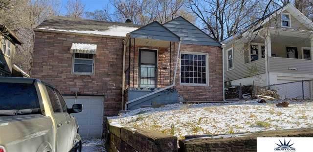 3235 N 41 Street, Omaha, NE 68111 (MLS #21927983) :: Lincoln Select Real Estate Group