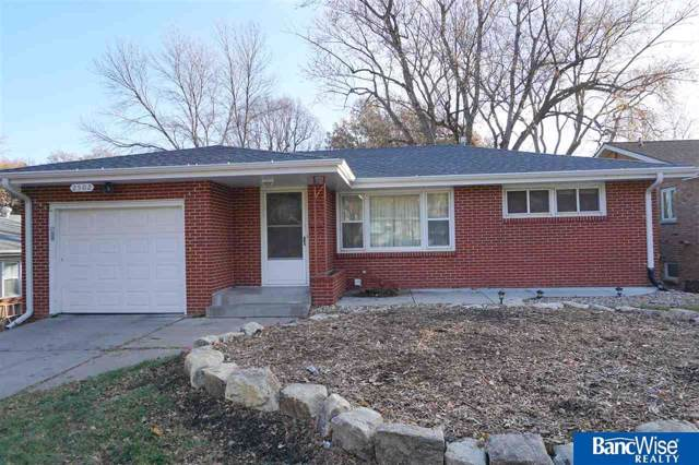 2502 S 39th Street, Lincoln, NE 68506 (MLS #21928001) :: Lincoln Select Real Estate Group