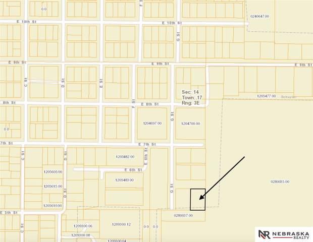 LOTS 9 And 10, Schuyler, NE 68661 (MLS #21928010) :: kwELITE