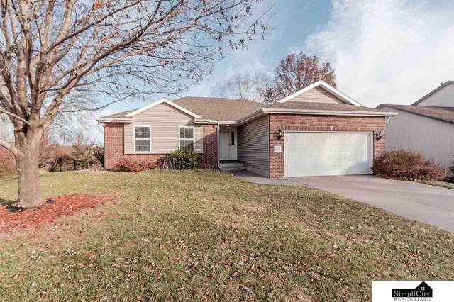 5820 NW 4th Street, Lincoln, NE 68521 (MLS #21928034) :: Omaha Real Estate Group