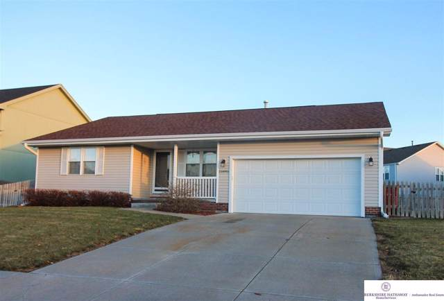21895 Plum Creek Drive, Gretna, NE 68028 (MLS #21928142) :: Omaha Real Estate Group