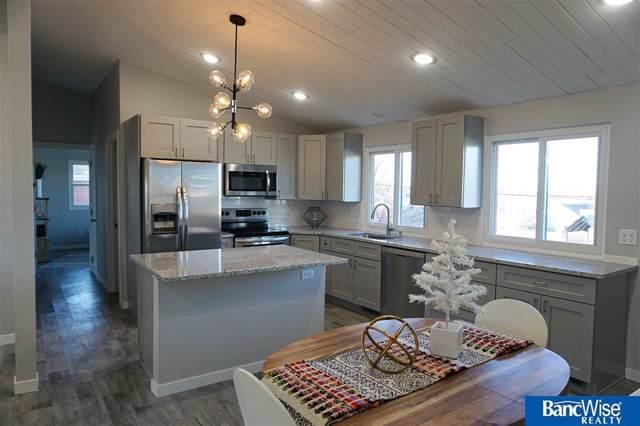8320 Elizabeth Drive, Lincoln, NE 68505 (MLS #21928143) :: Omaha's Elite Real Estate Group