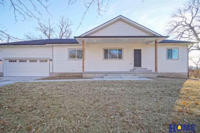5201 Meredeth Street, Lincoln, NE 68506 (MLS #21928162) :: Omaha's Elite Real Estate Group