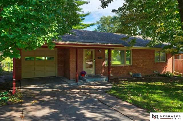 1800 S 51 Street, Lincoln, NE 68506 (MLS #21928242) :: Omaha's Elite Real Estate Group