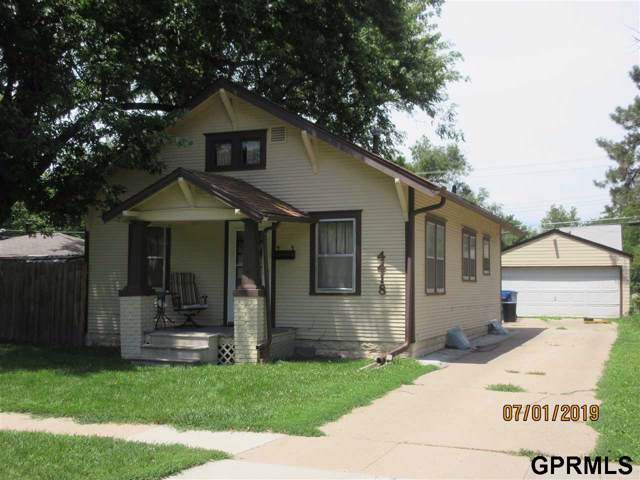4418 Greenwood Street, Lincoln, NE 68504 (MLS #21928261) :: Lincoln Select Real Estate Group