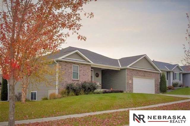 3021 N 90th Street, Lincoln, NE 68507 (MLS #21928265) :: The Briley Team