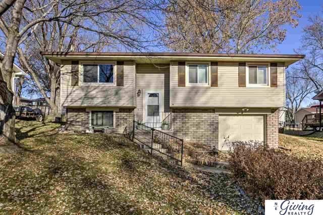 412 Bridger Road, Lincoln, NE 68521 (MLS #21928285) :: Omaha Real Estate Group