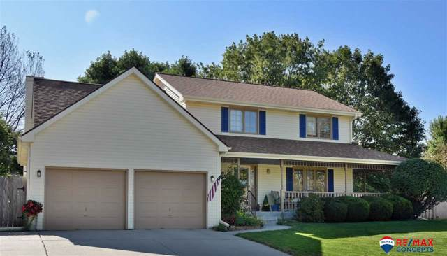 7625 Grand Oaks Circle, Lincoln, NE 68516 (MLS #21928300) :: Omaha's Elite Real Estate Group