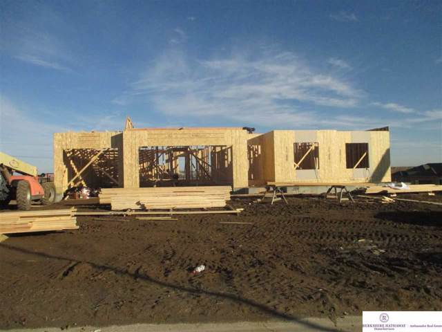 4407 N 189 Street, Omaha, NE 68022 (MLS #21928309) :: Lincoln Select Real Estate Group