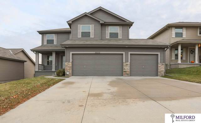 16555 Dora Hamann Parkway, Omaha, NE 68116 (MLS #21928394) :: Omaha Real Estate Group