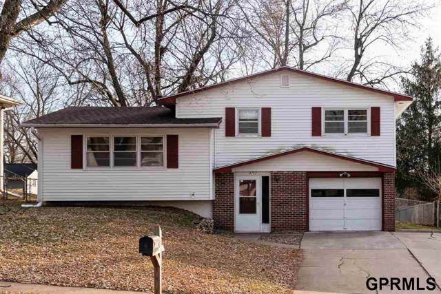 9703 Grand Avenue, Omaha, NE 68134 (MLS #21928480) :: Lincoln Select Real Estate Group