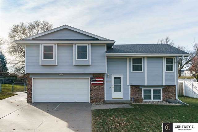12667 Ogden Street, Omaha, NE 68164 (MLS #21928500) :: Five Doors Network