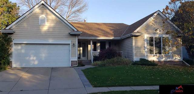 373 N 160th Street, Omaha, NE 68118 (MLS #21928511) :: Dodge County Realty Group