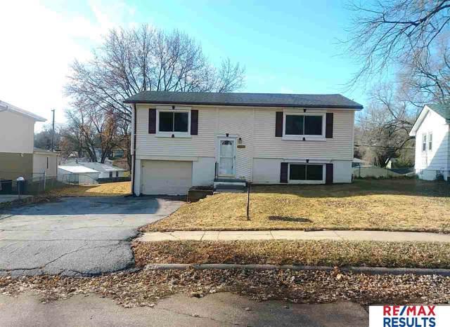 4923 N 93rd Avenue, Omaha, NE 68134 (MLS #21928519) :: Omaha's Elite Real Estate Group