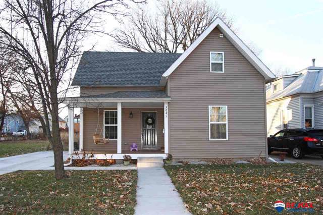 3041 S Street, Lincoln, NE 68503 (MLS #21928543) :: Omaha Real Estate Group