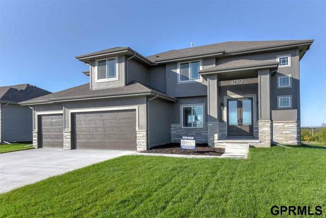 4510 N 189th Street, Elkhorn, NE 68022 (MLS #21928571) :: Lincoln Select Real Estate Group
