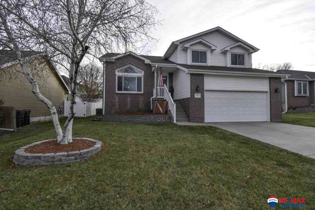 7901 Casey Lane, Lincoln, NE 68516 (MLS #21928630) :: The Briley Team