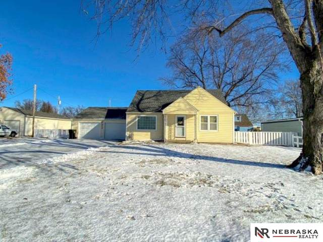 317 S East Street, Valley, NE 68064 (MLS #21928648) :: Stuart & Associates Real Estate Group