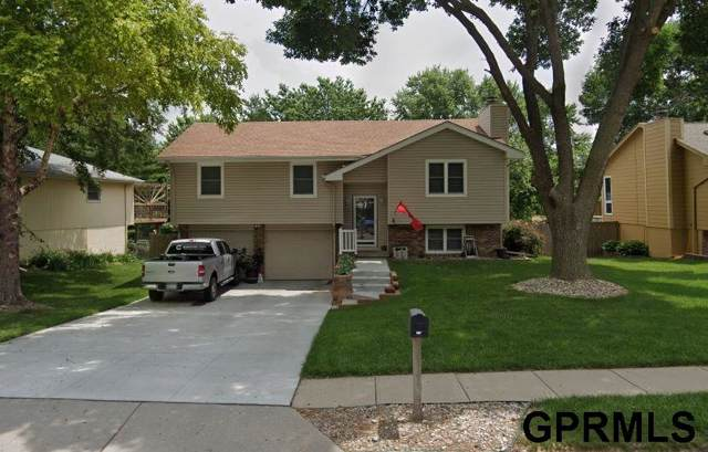 15381 Wycliffe Drive, Omaha, NE 68154 (MLS #21928666) :: Complete Real Estate Group