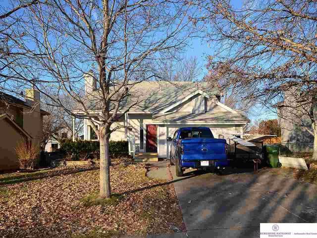 10002 S 10 Street, Bellevue, NE 68123 (MLS #21928771) :: Omaha's Elite Real Estate Group