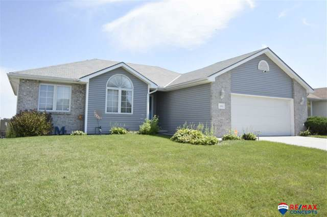 1808 SW 33rd Street, Lincoln, NE 68522 (MLS #21928829) :: Capital City Realty Group