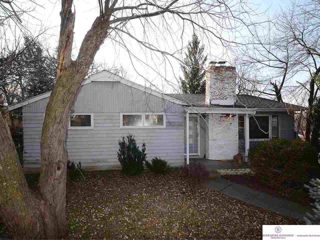 1507 Madison Street, Bellevue, NE 68005 (MLS #21928895) :: Omaha's Elite Real Estate Group