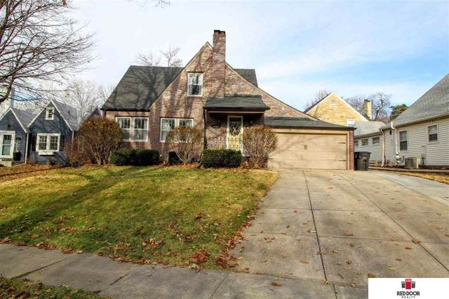 2580 Woodsdale Boulevard, Lincoln, NE 68502 (MLS #21928917) :: Omaha's Elite Real Estate Group