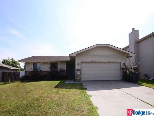 1830 SW 26TH Street, Lincoln, NE 68522 (MLS #21928989) :: Omaha Real Estate Group