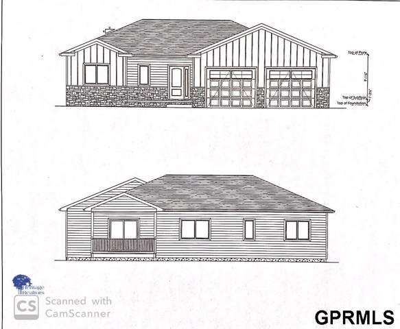 904 N Maine Avenue, York, NE 68467 (MLS #21929034) :: Cindy Andrew Group