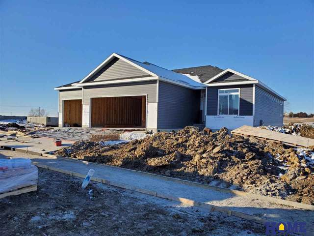 1629 NW 52nd Street, Lincoln, NE 68528 (MLS #21929122) :: The Briley Team