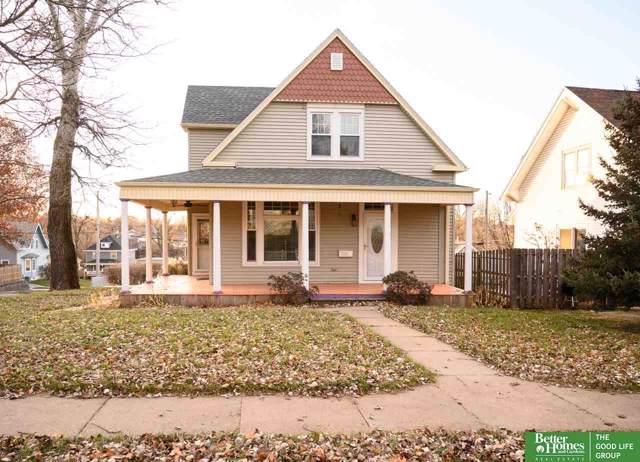 2154 S 35th Street, Omaha, NE 68105 (MLS #21929134) :: Cindy Andrew Group