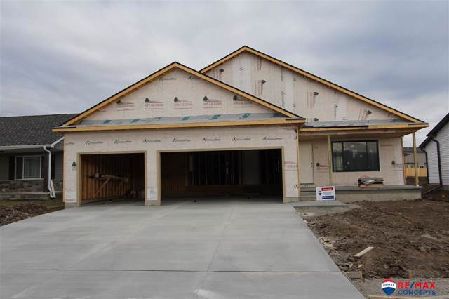 826 W Torreon Way, Lincoln, NE 68523 (MLS #21929154) :: Dodge County Realty Group