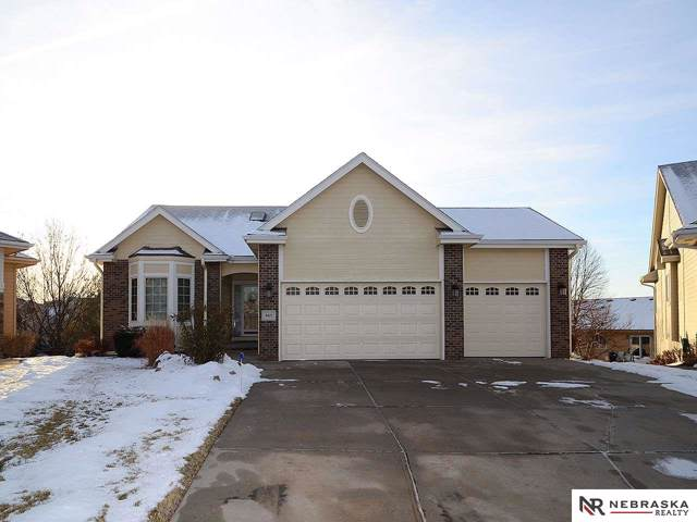 9411 Bayberry Court, La Vista, NE 68128 (MLS #21929186) :: Lincoln Select Real Estate Group