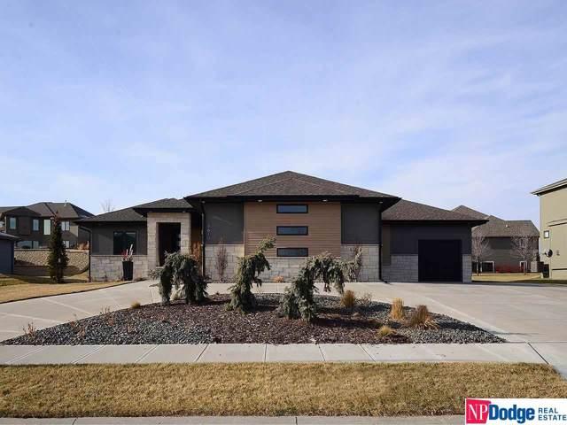 5610 S 208th Street, Omaha, NE 68022 (MLS #21929530) :: Omaha Real Estate Group