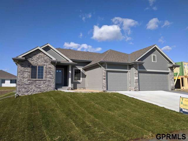 17158 Summit Street, Bennington, NE 68007 (MLS #21929651) :: The Briley Team
