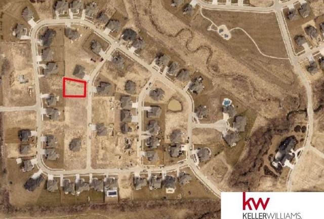 2020 S 211 Street, Elkhorn, NE 68022 (MLS #22000006) :: The Briley Team